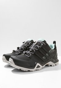 adidas Performance - TERREX SWIFT R2 GORE-TEX - Hiking shoes - core black/ash green