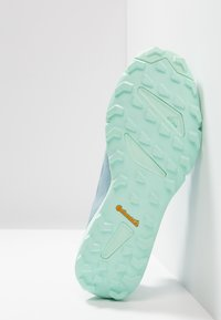 adidas Performance - TERREX SPEED - Trail running shoes - ash grey/clear mint - 4