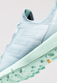 adidas Performance - TERREX SPEED - Trail running shoes - ash grey/clear mint - 5