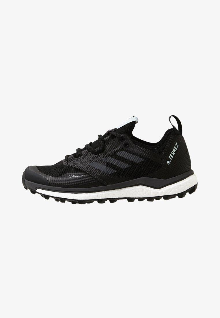 adidas Performance - TERREX AGRAVIC XT GORE TEX - Běžecké boty do terénu - core black/grey/ash green
