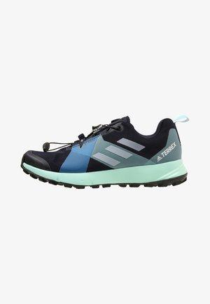 TERREX TWO GTX - Trail running shoes - legink/white/blue