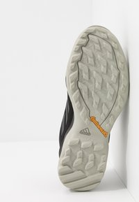 adidas Performance - TERREX AX3 GORE-TEX - Trekingové boty - core black/dough solid grey/purple tint - 4