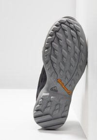 adidas Performance - TERREX AX3 - Zapatillas de senderismo - grey five/clear black/clear mint - 4