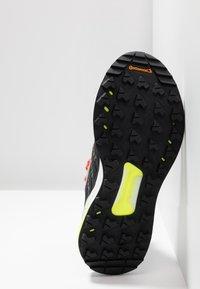 adidas Performance - TERREX FREE HIKER - Fjellsko - light brown/simple brown/ash grey - 4