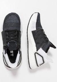 adidas Performance - ULTRABOOST 19 - Neutrální běžecké boty - core black/grey six/grey four - 1