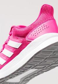 adidas Performance - RUNFALCON - Juoksukenkä/neutraalit - real magenta/footwear white/grey three - 5