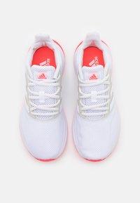 adidas Performance - RUNFALCON - Obuwie do biegania treningowe - footwear white/signal pink - 3