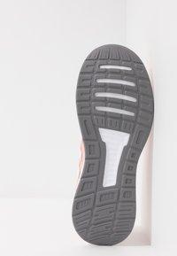 adidas Performance - RUNFALCON - Juoksukenkä/neutraalit - glow pink/footwear white/grey three - 4