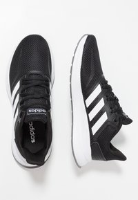 adidas Performance - RUNFALCON - Obuwie do biegania treningowe - core black/footwear white/grey three - 1