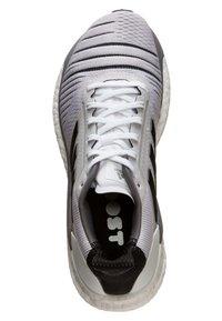 adidas Performance - SOLAR GLIDE W - Chaussures de running neutres - footwear white/core black/grey heather - 1