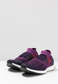 adidas Performance - ULTRABOOST UNCAGED - Chaussures de running neutres - legend purple/legend purple/shock red - 2