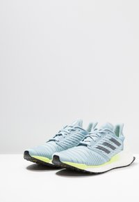 adidas Performance - SOLAR BOOST - Laufschuh Neutral - ash grey/onix/hi-res yellow - 2