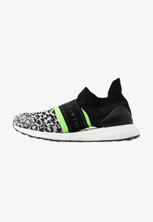 ULTRABOOST X 3D SPORT RUNNING SHOES - Hardloopschoenen neutraal - black-white/core white/solar green