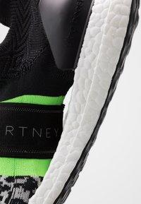 adidas by Stella McCartney - ULTRABOOST X 3D SPORT RUNNING SHOES - Neutrala löparskor - black-white/core white/solar green - 5