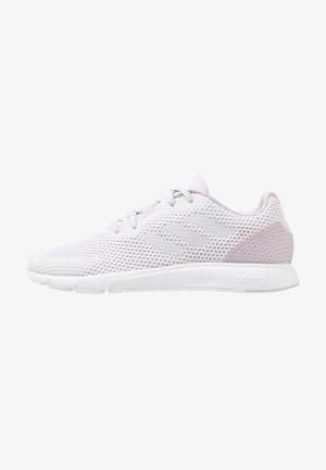 SOORAJ VERUM CLOUDFOAM RUNNING SHOES - Zapatillas de running neutras - footwear white/mauve
