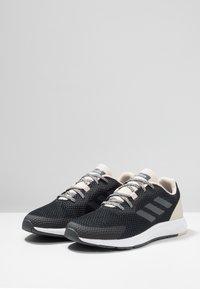 adidas Performance - SOORAJ VERUM CLOUDFOAM RUNNING SHOES - Obuwie do biegania treningowe - core black/grey five - 2