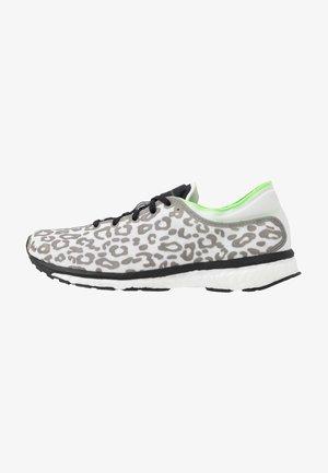 ADIZERO ADIOS PRINT SPORT RUNNING SHOES - Neutrální běžecké boty - core black/solar green/cream white