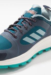 adidas Performance - RESPONSE TRAIL  - Neutrala löparskor - trace blue/ash grey/tech mint - 5