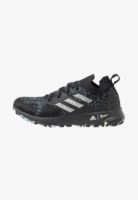 adidas Performance - TERREX TWO PARLEY TRAIL RUNNING SHOES - Obuwie do biegania Szlak - core black/linen green/carbon - 0