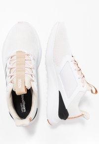 adidas Performance - ENERGYFALCON X - Nøytrale løpesko - grey three/tech copper - 1