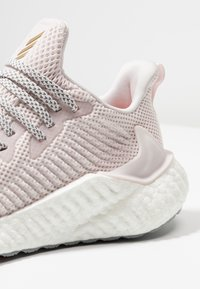 adidas Performance - ALPHABOOST - Neutral running shoes - orchid tint/copper metallic - 5