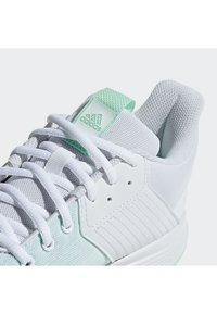 adidas Performance - LIGRA 6 SHOES - Volleyballschuh - white - 6