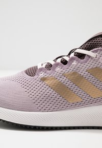 adidas Performance - EDGE FLEX - Neutral running shoes - soft vision/copper metallic/vision shadow - 5