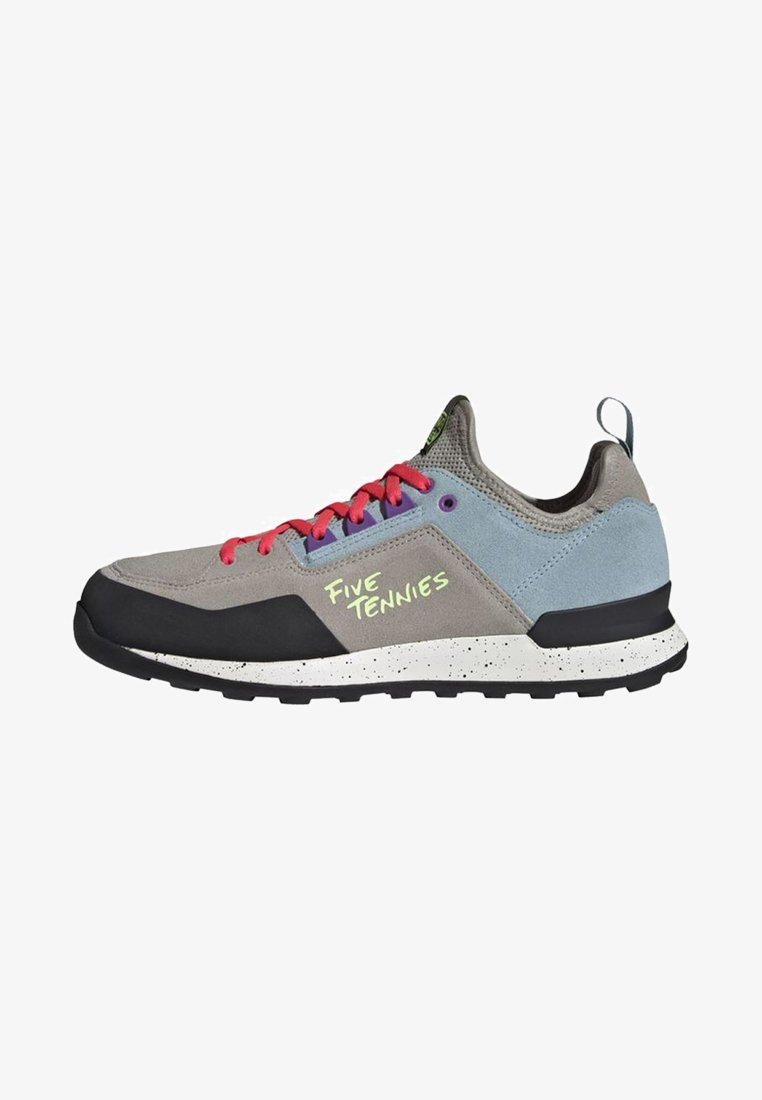adidas Performance - FIVE TENNIE SHOES - Hikingsko - brown/grey/purple