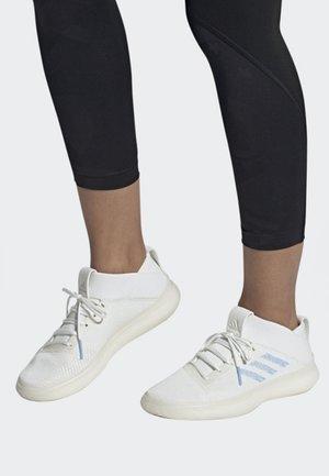 PUREBOOST TRAINER SHOES - Sneakers basse - white