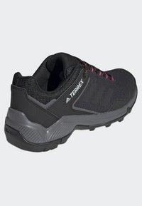 adidas Performance - TERREX EASTRAIL SHOES - Chaussures de marche - grey - 4