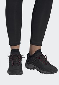 adidas Performance - TERREX EASTRAIL SHOES - Hiking shoes - grey - 0