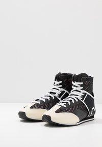 adidas by Stella McCartney - BOXING SHOE - Obuwie treningowe - black/white/footwear white/pearl grey - 2