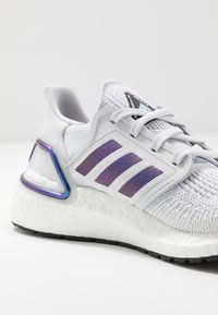 adidas Performance - ULTRABOOST 20  - Zapatillas de running neutras - dash grey/blue violet metallic/core black - 5