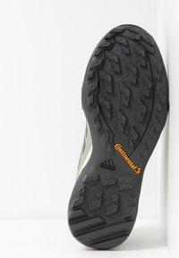 adidas Performance - TERREX AX3 BLUESIGN - Hiking shoes - fear grey/legend earth/grey tint - 4