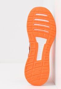 adidas Performance - RUNFALCON - Zapatillas de running neutras - footwear white/dash grey/signal coral - 4