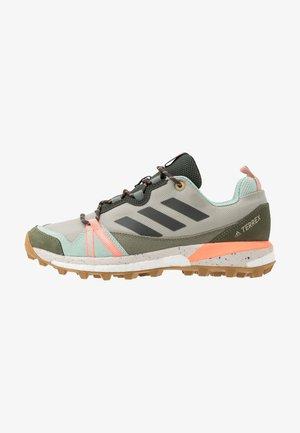 TERREX SKYCHASER LT - Trail running shoes - grey/legend earth/granit tint