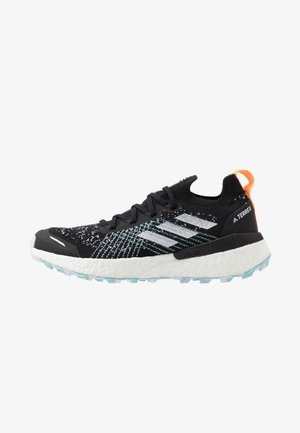 TERREX TWO ULTRA PARLEY - Trail running shoes - core black/dash grey/blue spirit