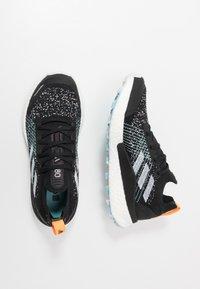 adidas Performance - TERREX TWO ULTRA PARLEY - Obuwie do biegania Szlak - core black/dash grey/blue spirit - 1