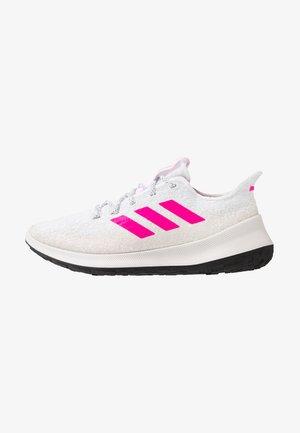 SENSEBOUNCE - Juoksukenkä/neutraalit - footwear white/shock pink/grey one