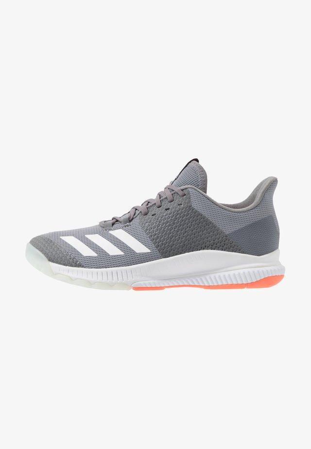 CRAZYFLIGHT BOUNCE 3 - Volejbalové boty - grey three/footwear white/signal coral