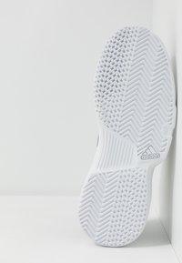 adidas Performance - GAMECOURT - Multicourt tennis shoes - core black/copper metallic/footwear white - 4