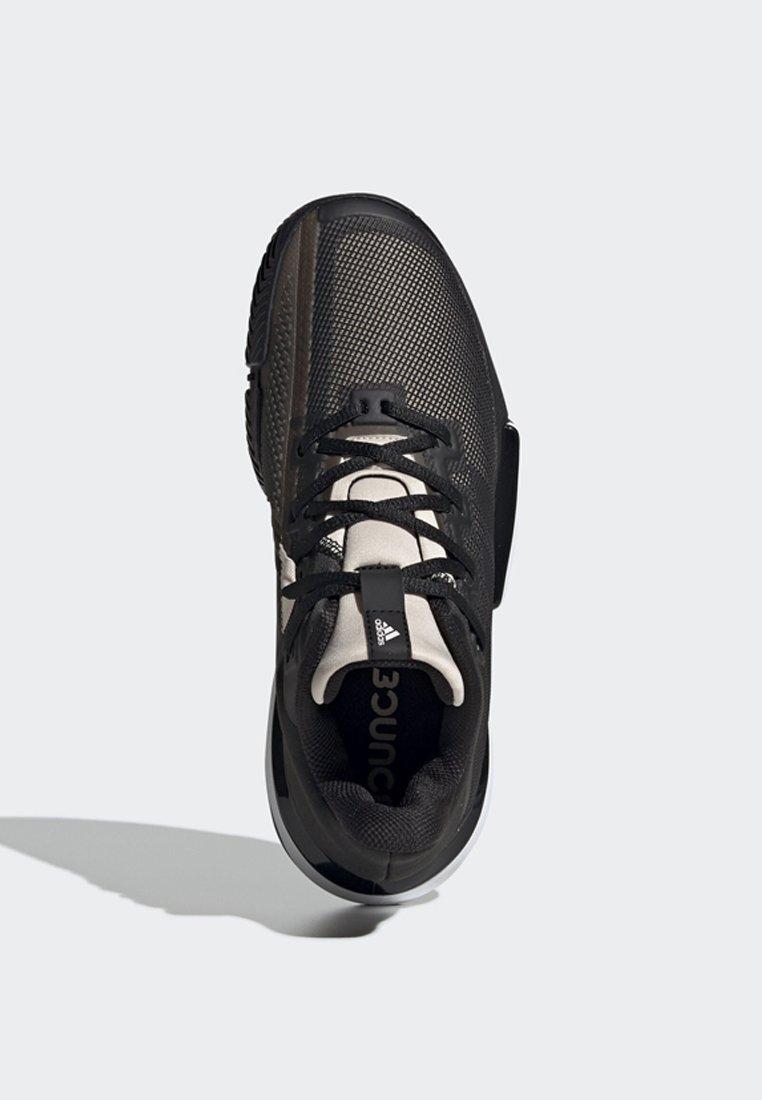 Superfici Per Adidas Performance ShoesScarpe Tutte Tennis Black Solematch Da Le Bounce qUzGLVpSM