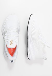 adidas Performance - ALPHABOUNCE 3 - Obuwie do biegania treningowe - footwear white/copper metallic/core black - 1