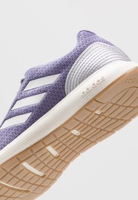 adidas Performance - SOORAJ - Zapatillas de running neutras - tech purple/dash grey/metallic silver - 5