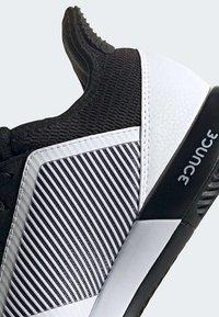 adidas Performance - DEFIANT BOUNCE 2.0 SHOES - Clay court tennissko - black - 10