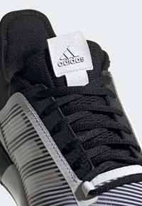 adidas Performance - DEFIANT BOUNCE 2.0 SHOES - Clay court tennissko - black - 8