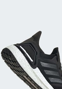 adidas Performance - ULTRABOOST 20 SHOES - Trainers - black - 8