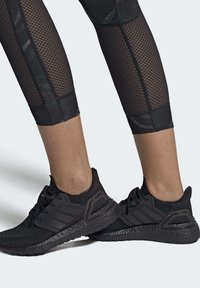 adidas Performance - ULTRABOOST 20 SHOES - Stabilty running shoes - black - 0