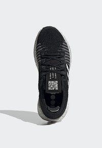 adidas Performance - PULSEBOOST HD - Obuwie do biegania treningowe - black - 2