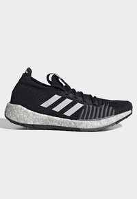 adidas Performance - PULSEBOOST HD - Obuwie do biegania treningowe - black - 9